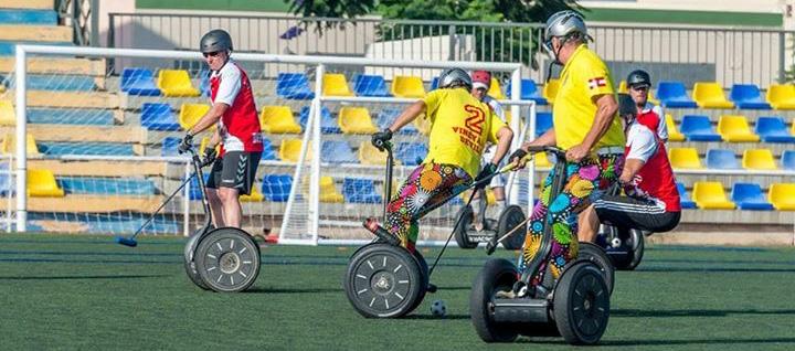 Segway Polo in Bielefeld spielen fahren